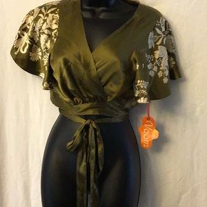 Voom by Joy Han Blouse Size L Army Green/ Cream